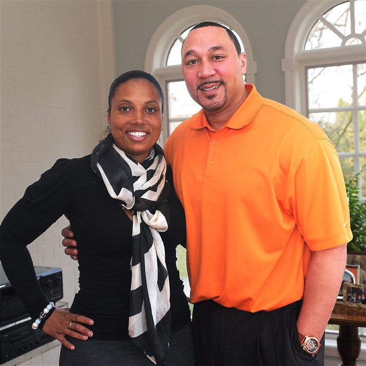 9o900kid Latasha and Charlie Batch.