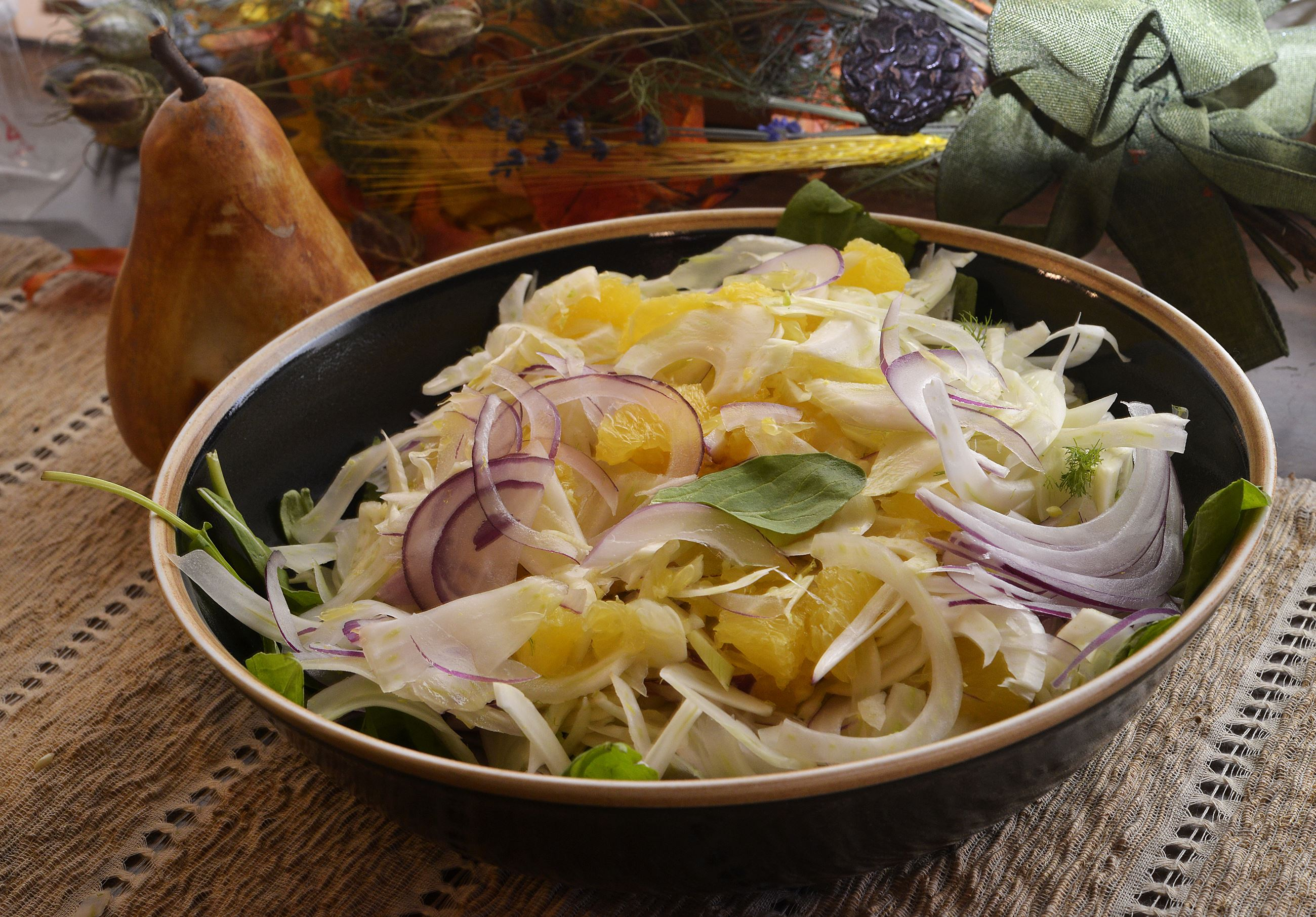 20141117lrherbfood01 Fennel, orange and onion salad.