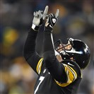 Ben Roethlisberger looks skyward to celebrate his touchdown pass to Antonio Brown in the fourth quarter Monday night against the Tennessee Titans at LP Field in Nashville, Tenn.