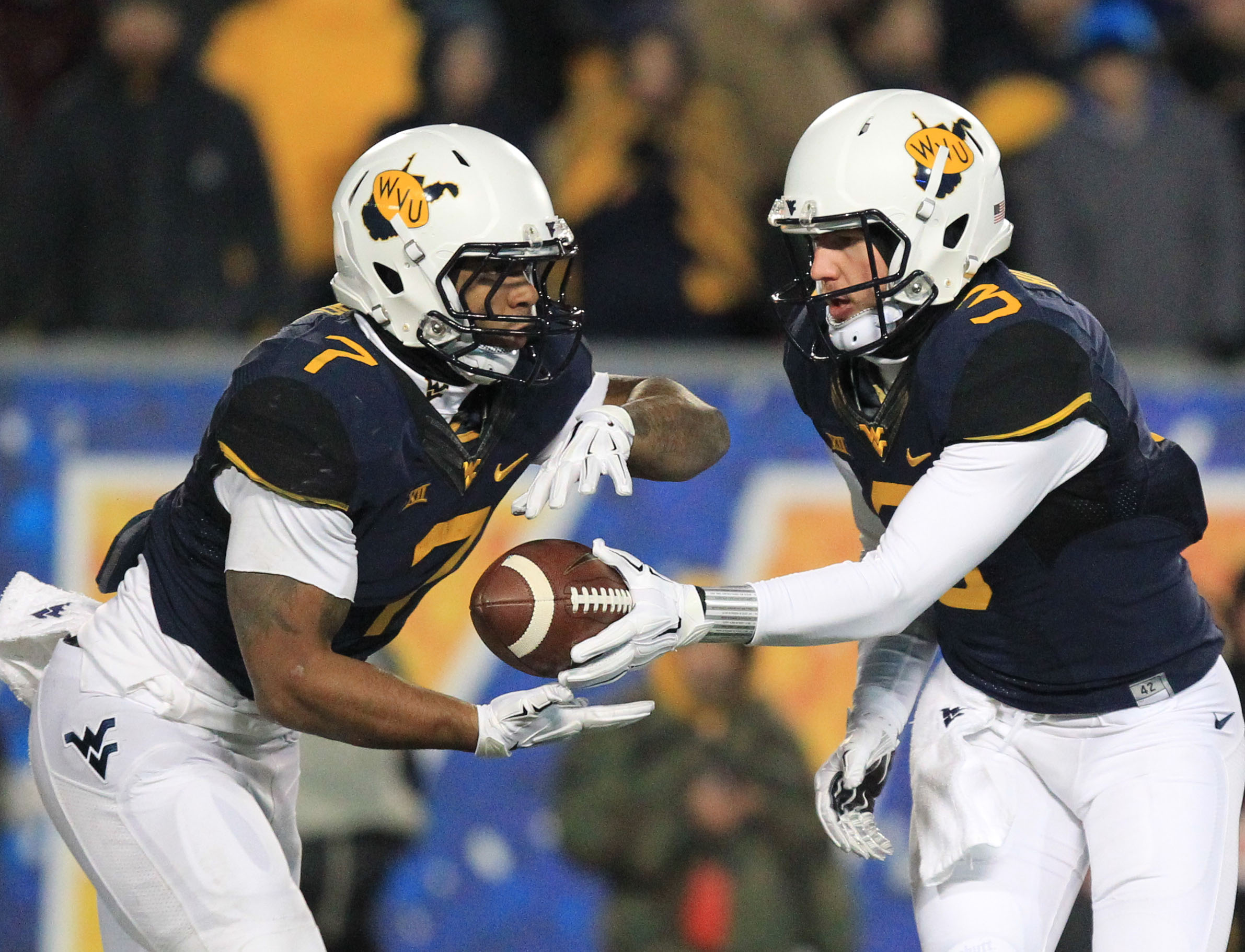 073e8d512 The Mountaineers also have one of the best throwback unis in college  football ...