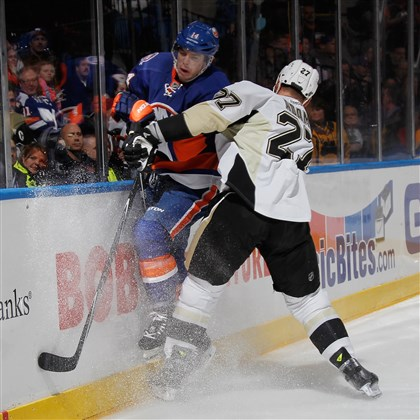 Penguins joined in first by Islanders