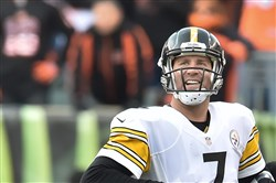 Steelers quarterback Ben Roethlisberger is all smiles after throwing touchdown pass to Martavis Bryant in the fourth quarter against the Bengals at Paul Brown Stadium in Cincinnati.