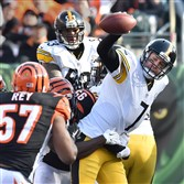 Steelers quarterback Ben Roethlisberger is sacked by the  Bengals' Wallace Gilberry at Paul Brown Stadium in Cincinnati on Sunday.