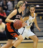 Bethel Park's Shannon Conley brings up the ball against Norwin's Dominique Petoch.