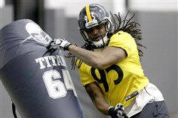 Steelers LB Jarvis Jones during a December practice at the team's training facility on the South Side.