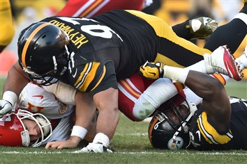 Defensive end Cameron Heyward records one of the Steelers' six sacks on Chiefs quarterback Alex Smith Sunday at Heinz Field..