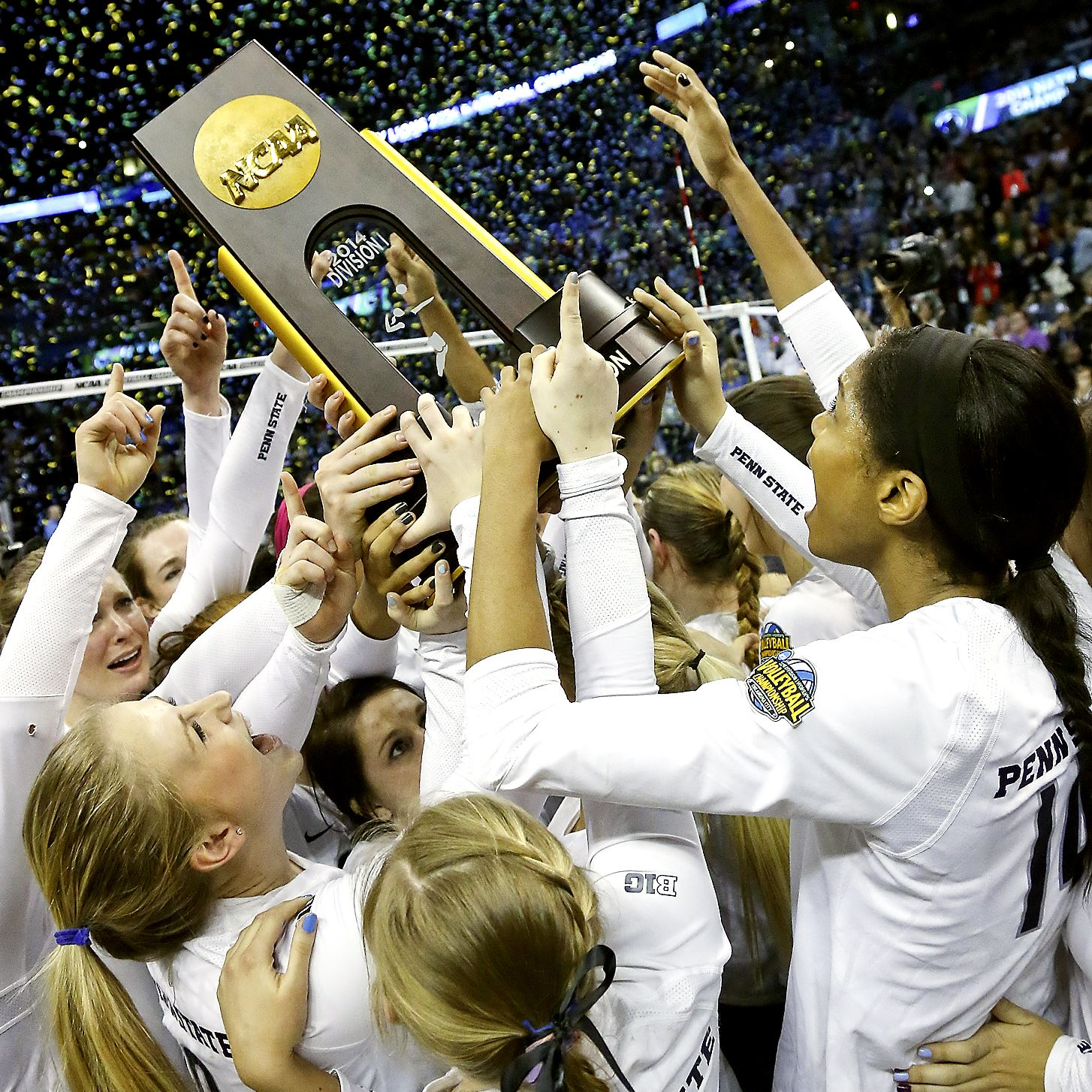 At Penn State, A Volleyball Dynasty Is Going Largely