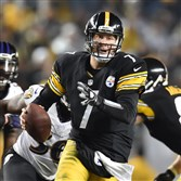 Ben Roethlisberger runs the ball against the Baltimore Ravens last month at Heinz Field.