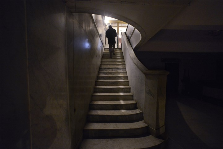 20150116bwPlayhouseBus03-2 Stairs from the basement to the first floor of the Stock Exchange Building, Downtown.
