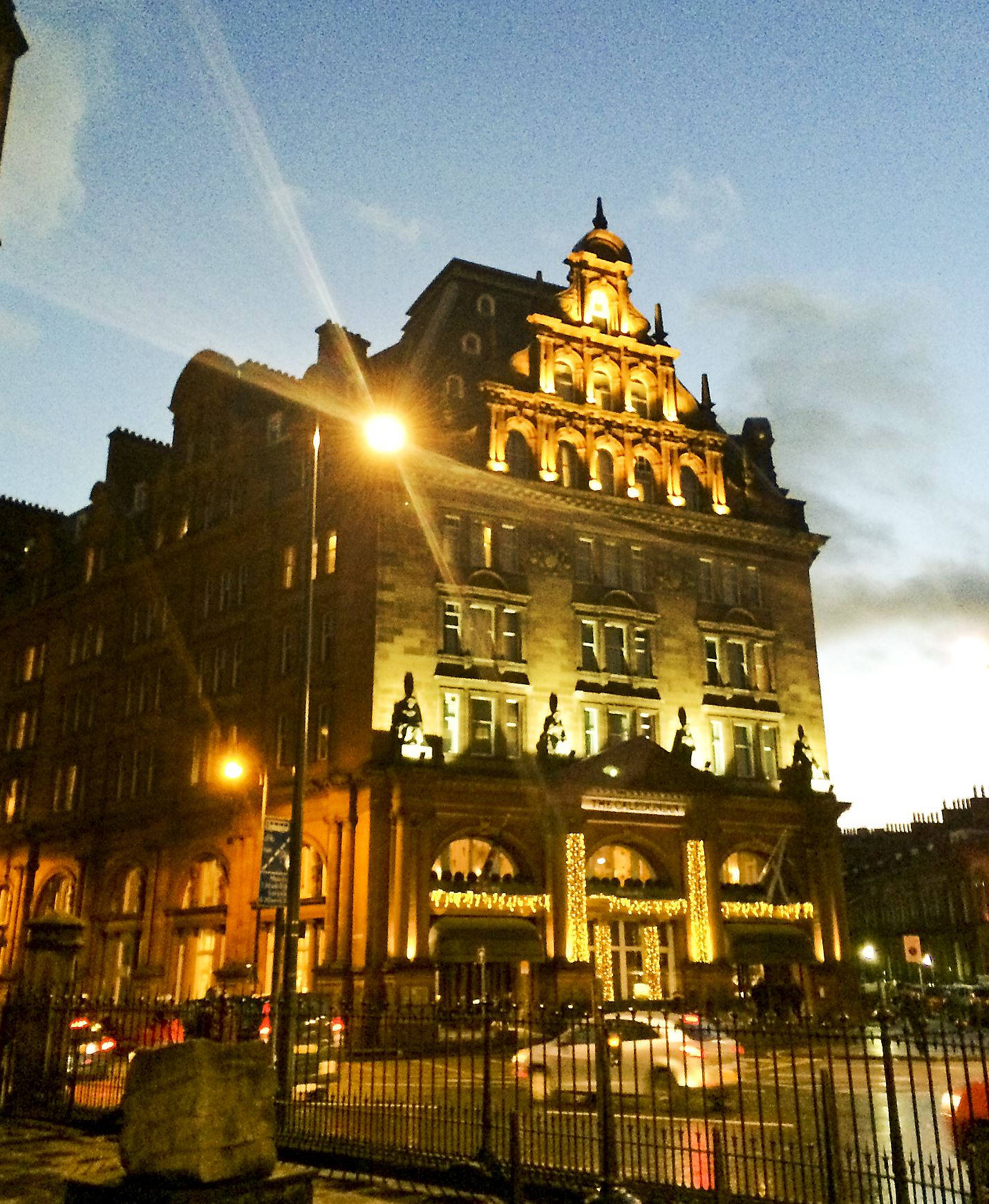 Best Romantic Hotels Scotland: What To Do (and Don't) In Edinburgh, Scotland