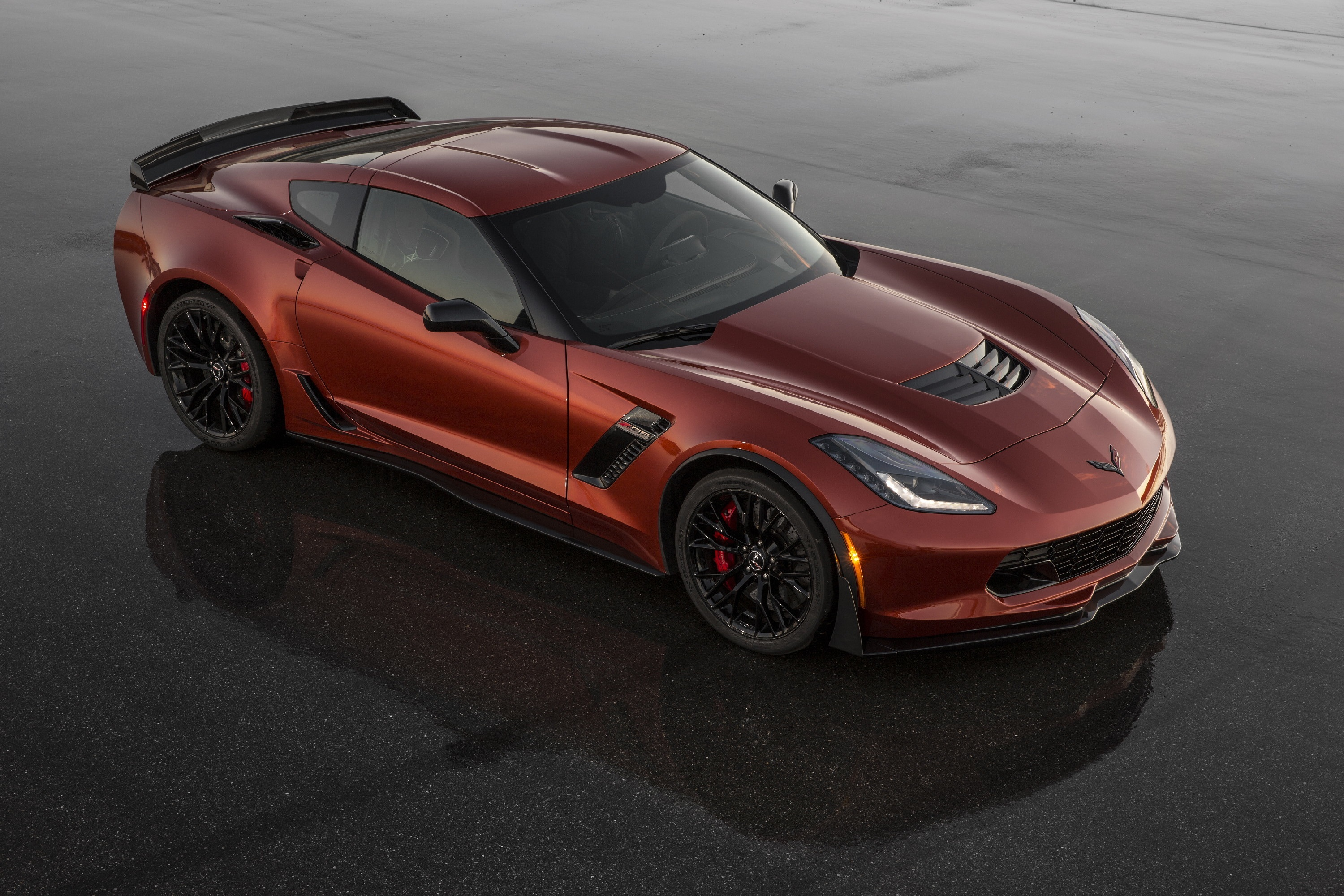american made corvette z06 stands up to the best supercars on the planet pittsburgh post gazette. Black Bedroom Furniture Sets. Home Design Ideas
