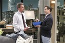"Oscar Madison (Matthew Perry) reluctantly agrees to let Felix Unger (Thomas Lennon), his uptight former college roommate, move in with him after the demise of both of their marriages, on the series premiere ""The Odd Couple."""
