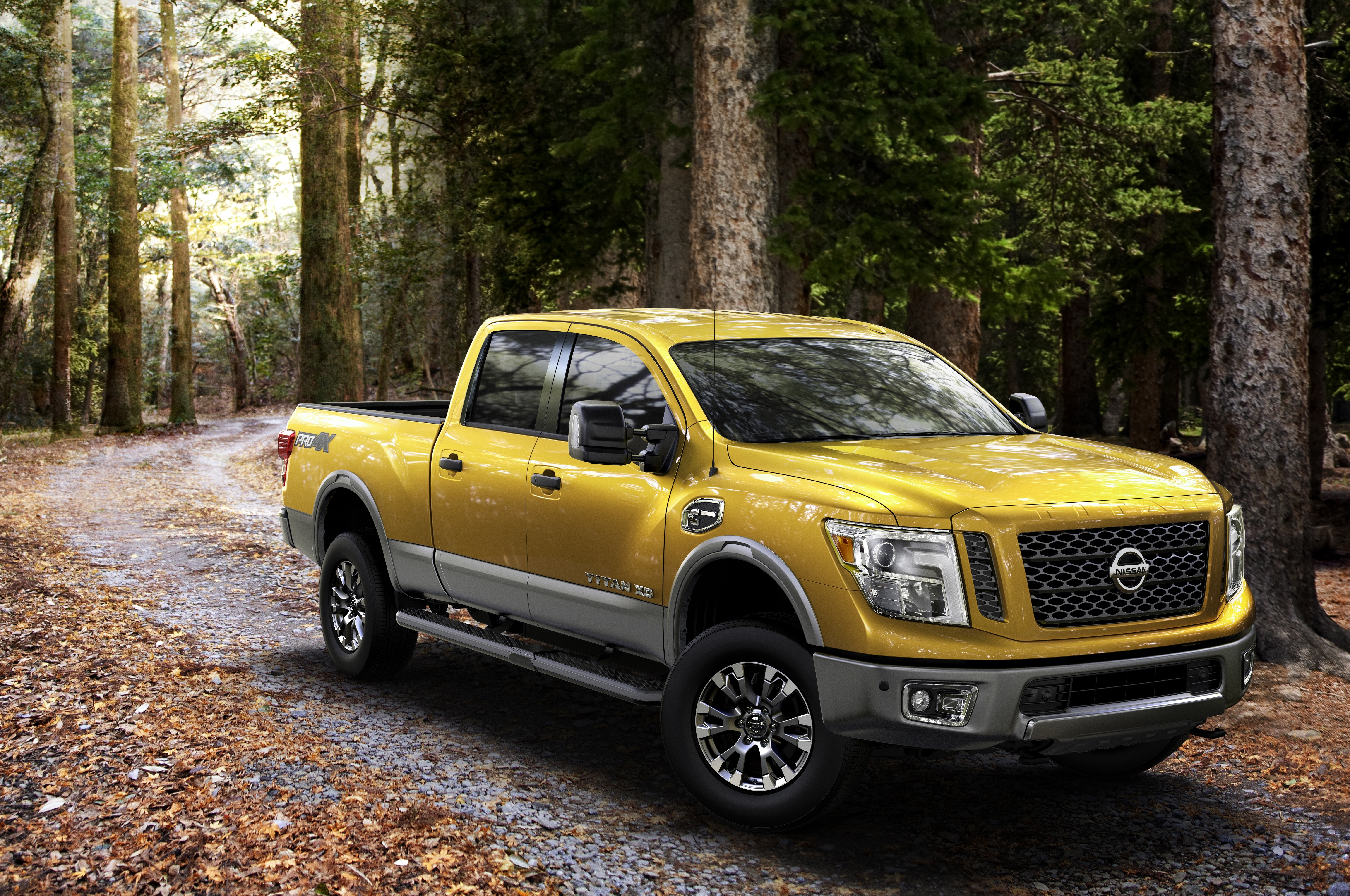 nissan commits to full sized pickups with new titan xd pittsburgh post gazette. Black Bedroom Furniture Sets. Home Design Ideas