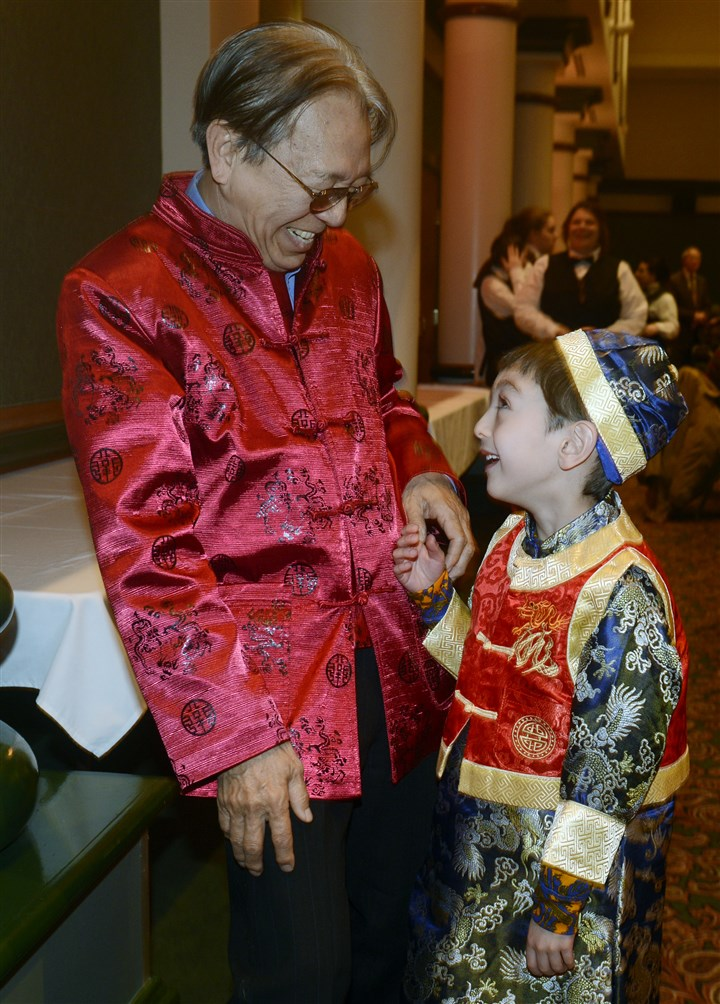 20150221bwChineseSEEN15-13 Ted Chu of Los Angeles with his grandson Nathan Chu of Fox Chapel.