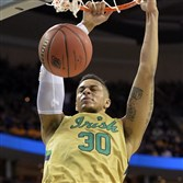 Notre Dame's Zach Auguste dunks against Wichita State in the first half of a regional semifinal Thursday in Cleveland.
