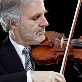 Rainer Honeck, the brother of Pittsburgh Symphony Orchestra music director Manfred Honeck, played Britten's Violin Concerto  during the weekend concerts.