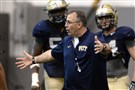 Pitt head coach Pat Narduzzi talks to his squad during spring camp Thursday, April 9, 2015.