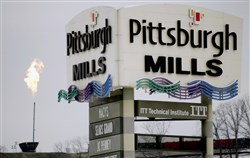 The struggling Galleria at Pittsburgh Mills mall went on the auction block Wednesday and was sold without any immediate change in ownership.
