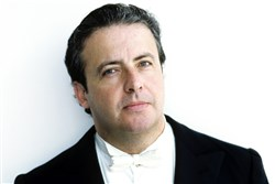 PSO guest conductor Juanjo Mena, one of Spain's most distinguished conductors. HO