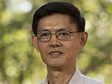 Xiaoxing Xi, chairman of Temple University's physics department.