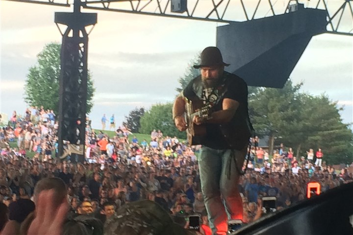 Event critique zac brown band