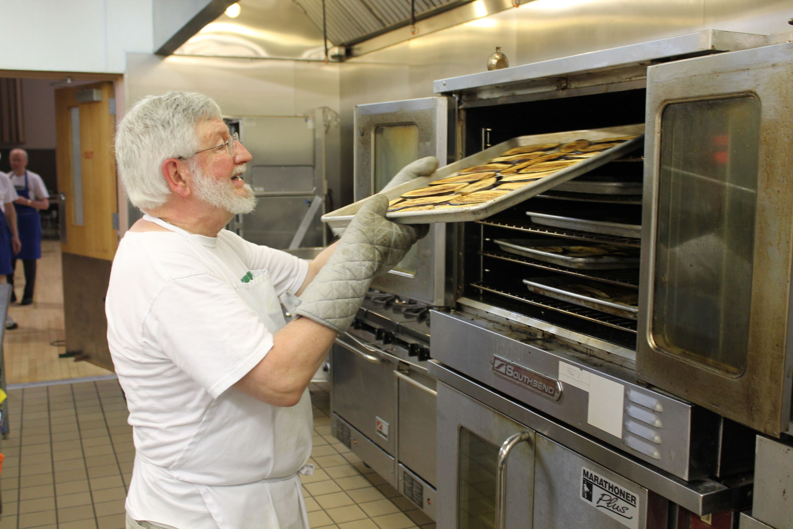 In The Kitchen Pittsburgh. Holy Cross Greek Orthodox Church Ready For Food  Fest June 10 13