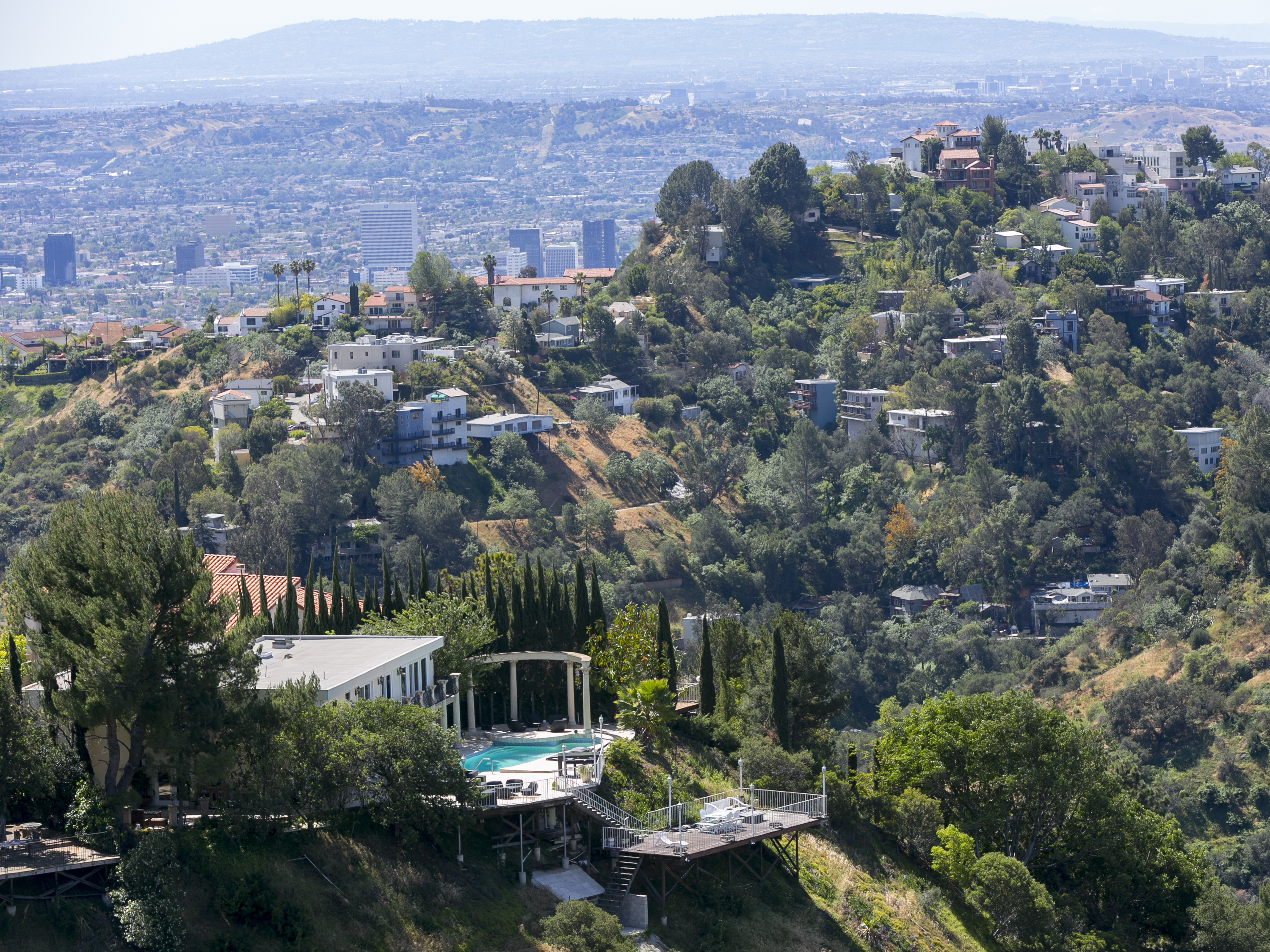 Latest oil and gas pittsburgh post gazette for Celebrities that live in hollywood hills