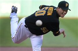 Charlie Morton helped deliver the Pirates' third straight shutout in their 3-0 win against the White Sox Tuesday.