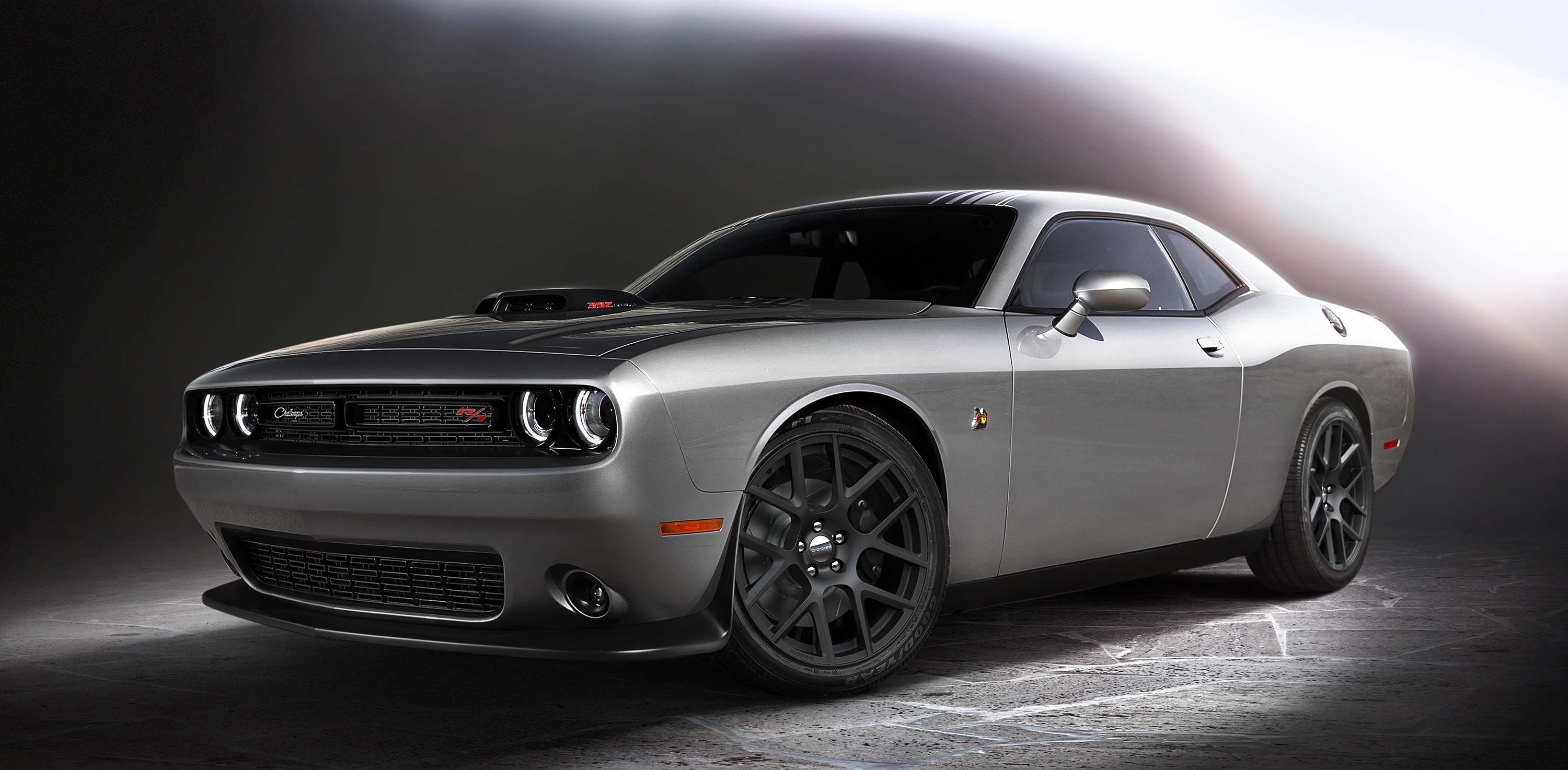 dodge 39 shakes it up 39 with new challengers models featuring a legendary hood scoop pittsburgh. Black Bedroom Furniture Sets. Home Design Ideas