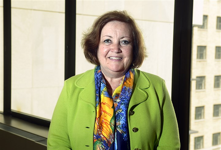 20150618bwNurseAwardMag01 Susan Albrecht, associate dean for external relations for the University of Pittsburgh School of Nursing, has won the 2015 Distinguished Professional Service Award at the Association of Women's Health, Obstetric and Neonatal Nurses (AWHONN).