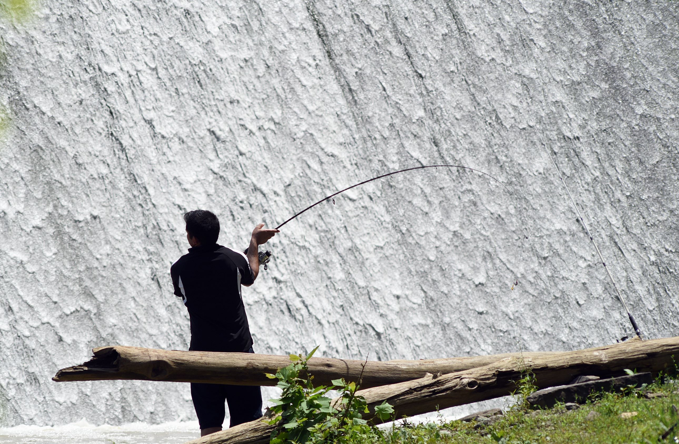 Hunting fishing license fee increases considered for California fishing license fee