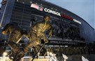 Mario Lemieux statue stands guard at Consol Energy Center.