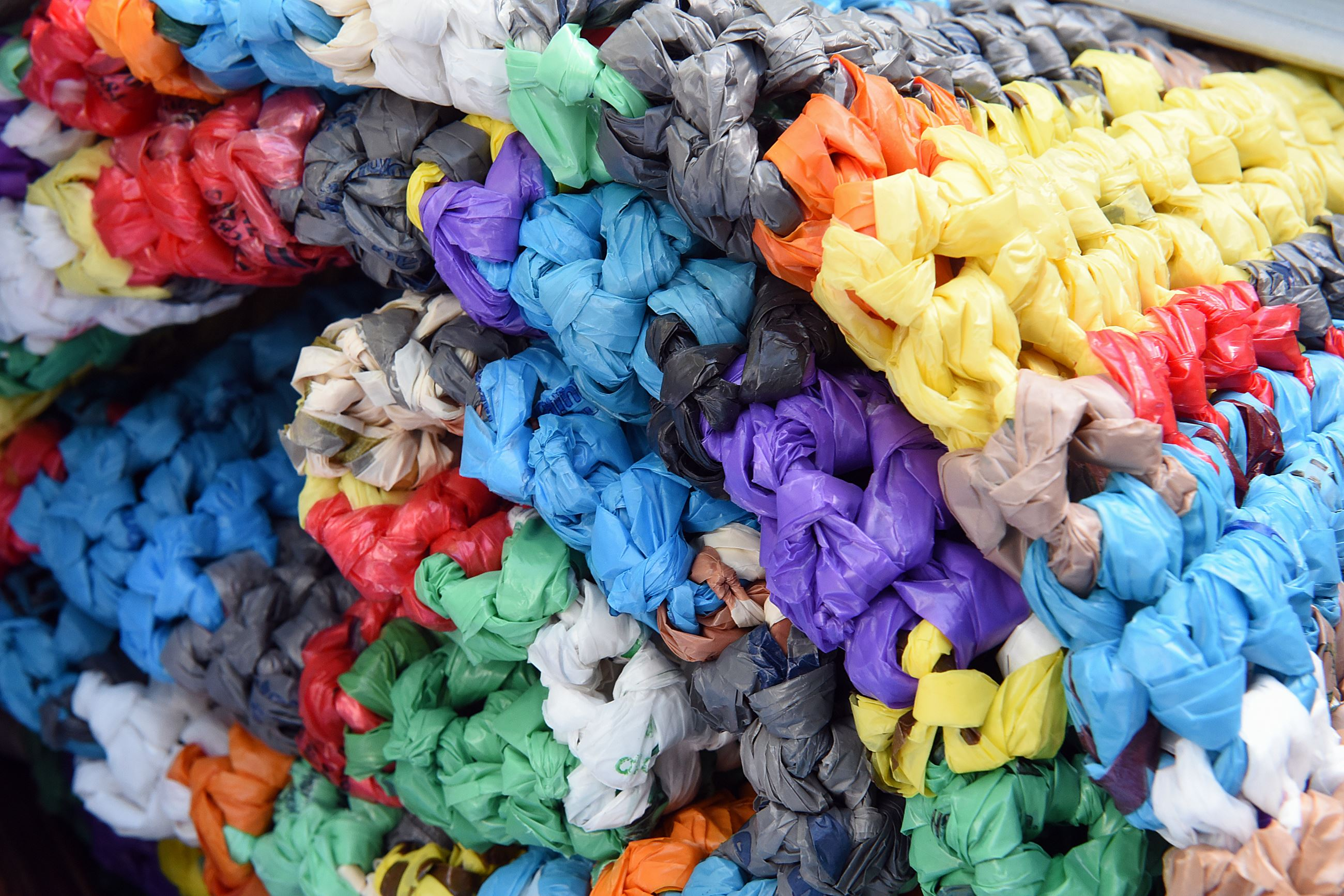 Crocheting Mats From Plastic Bags : ... crochet strips from plastic newspaper and shopping bags into plastic