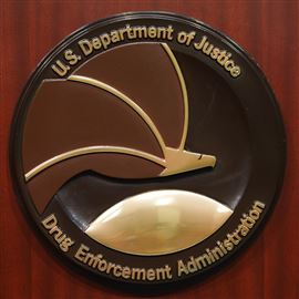 Federal agencies' payments to confidential informants