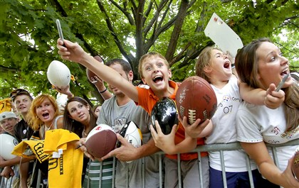 Steelers fans flock to training camp