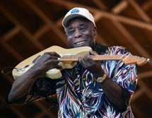 Legendary blues icon Buddy Guy performs with his band at the Pittsburgh Blues Festival at Hartwood Acres on Saturday.