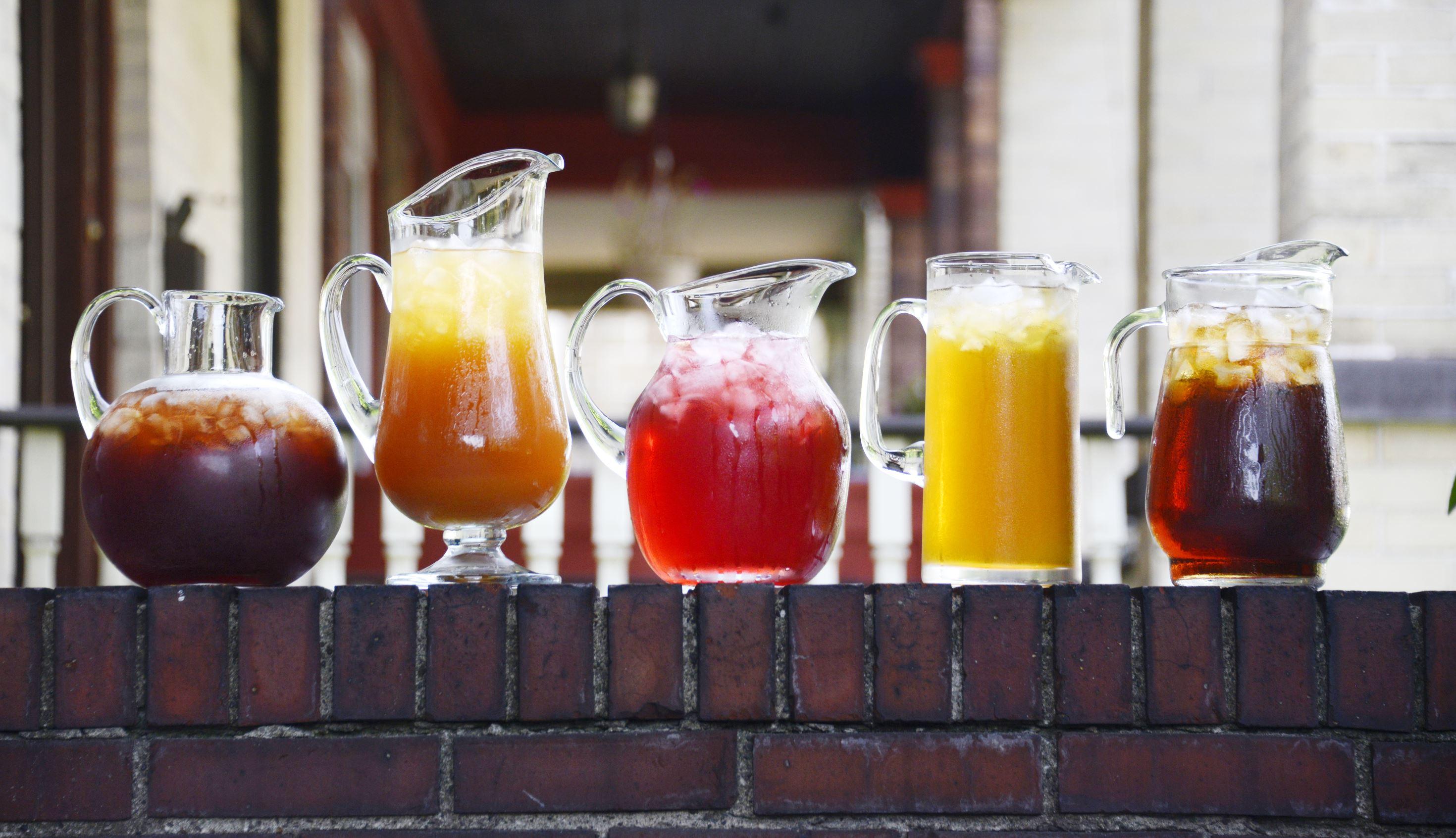 20150729dsIceTeaFood02 Iced Teas, from left, Blueberry, Peach, Boston Iced Tea, Green Iced Tea and Lemon Ice Tea.