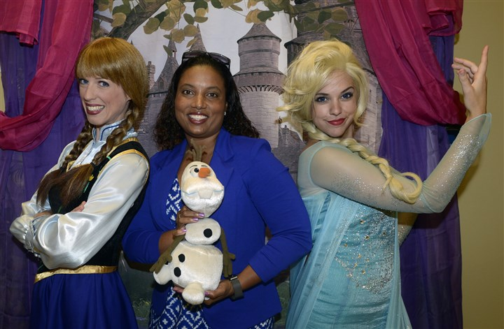 20150805bwGoddardSeen03-2 Courtney Czarniak, left, and Mandie Russack of Fairy Tale Princess Visits, with LaTasha Batch.