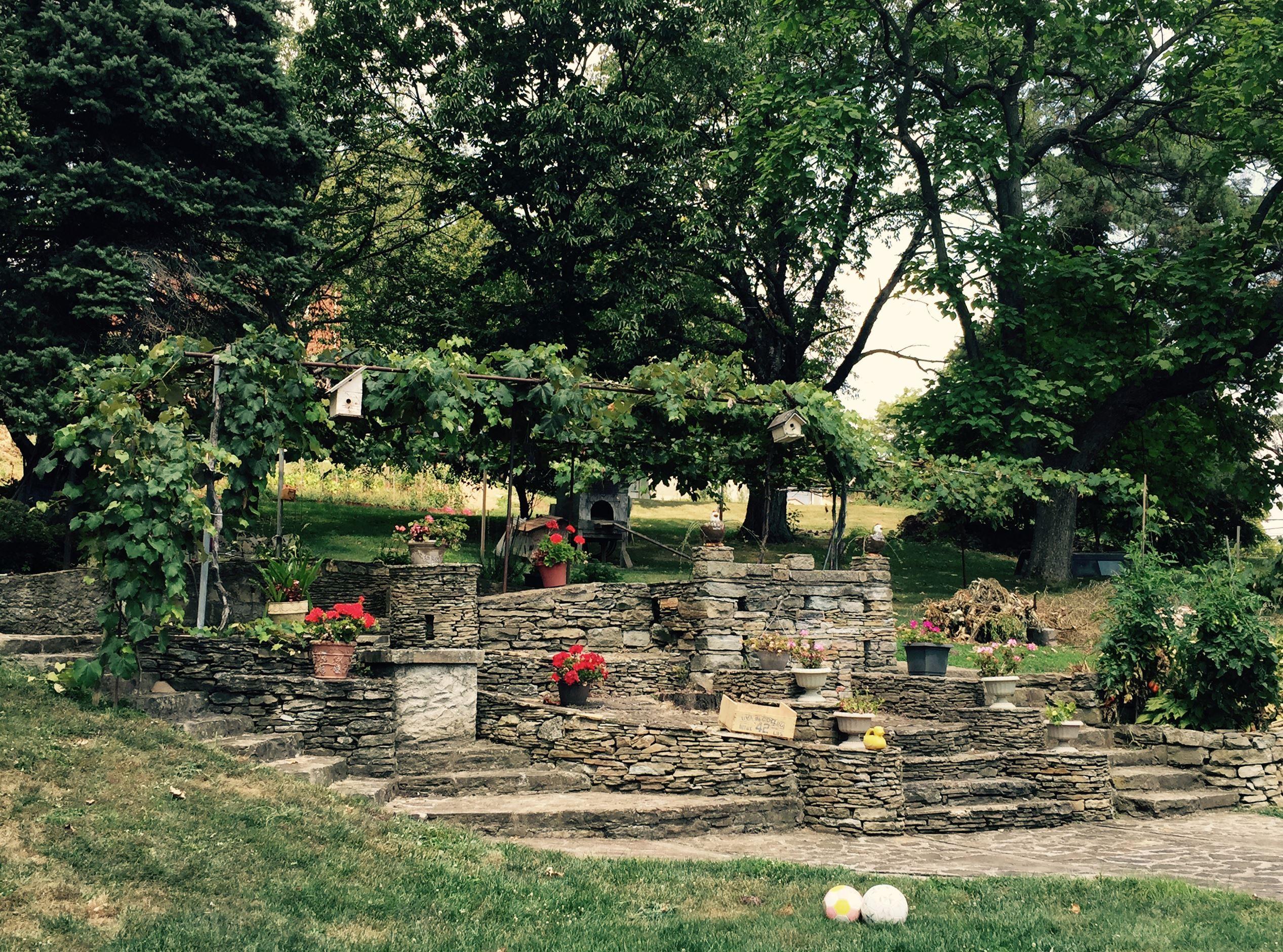 italiangardenB-1 Domenico Carpico built his Jefferson Hills garden by hand.
