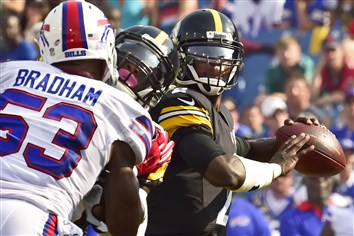 Mike Vick was 4 for 5 for 106 yards and ran once for 1 yard in his first action since signing with the Steelers.