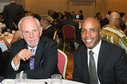 Jim Leyland with Barry Bonds.