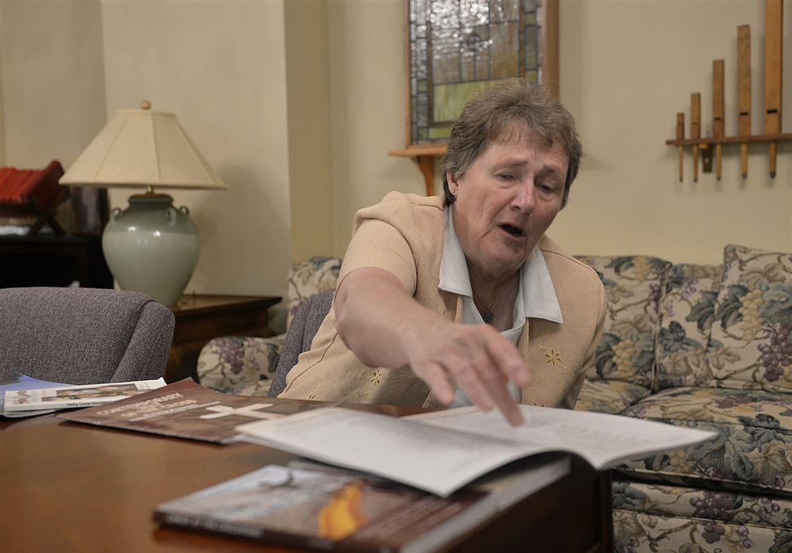 Tina Whitehead The Widow Of The Former Pastor Of The United Methodist Church In Oakmont