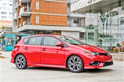 The all-new 2016 Scion iM brings a not-too-tiny hatchback to the Toyota division's lineup.