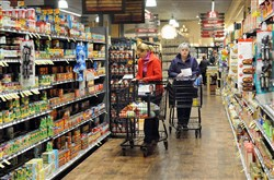 Giant Eagle's first Indiana store debuts today