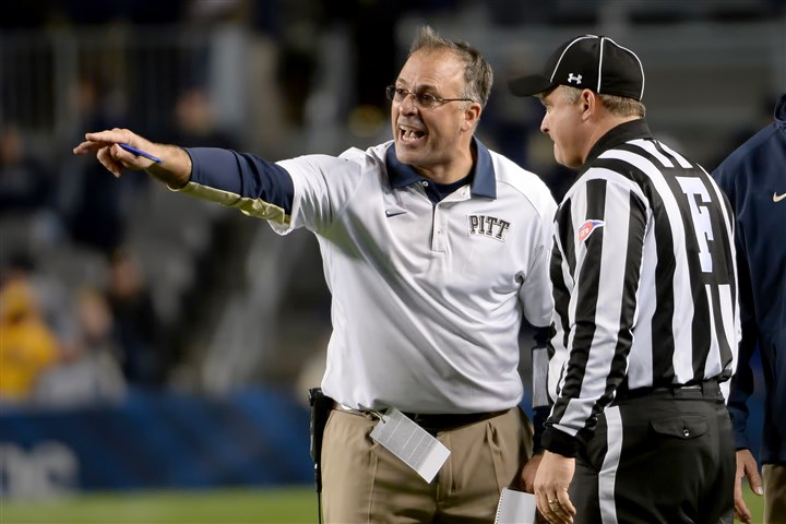20151029mfpittsports13-4 Pitt head coach Pat Narduzzi argues a call during an October game against North Carolina at Heinz Field.