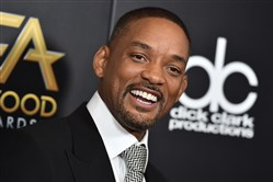 Will Smith says he's ready to get back on the road with his musical career.The entertainer told Ellen DeGeneres that he is planning to launch a tour with DJ Jazzy Jeff.