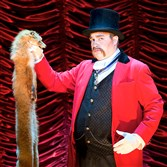"John Rapson as Lord Adalbert D'Ysquith in ""A Gentleman's Guide to Love & Murder."""