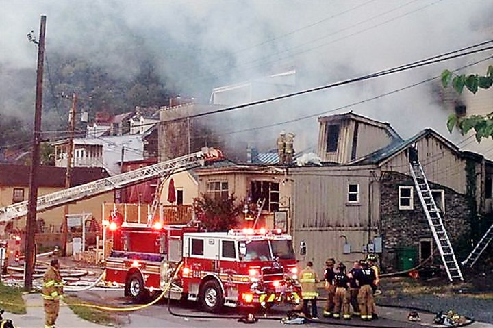 HarpersFerryFire1 At least 80 firefighters from West Virginia, Maryland and Virginia spent several hours battling a blaze that broke out shortly after 3 a.m. in Lower Town Harpers Ferry.
