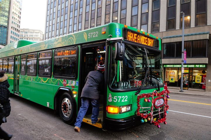 Bus Rapid Transit System Between Oakland Downtown