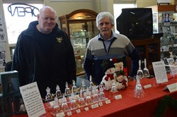 Leslie Kurtz, left, was a production manager of Lenox and Peter O'Rourke was a master glass cutter at the exhibition of glass.
